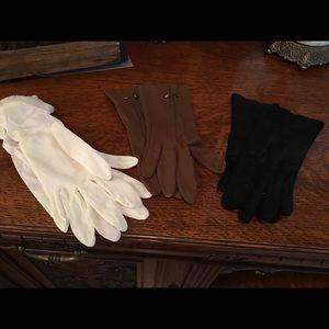 Accessories - Vintage bundle of short gloves